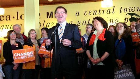 Speaking at a Vancouver Island coffee shop, Adrian Dix said the NDP has not won a general election without winning the riding of Comox Valley.