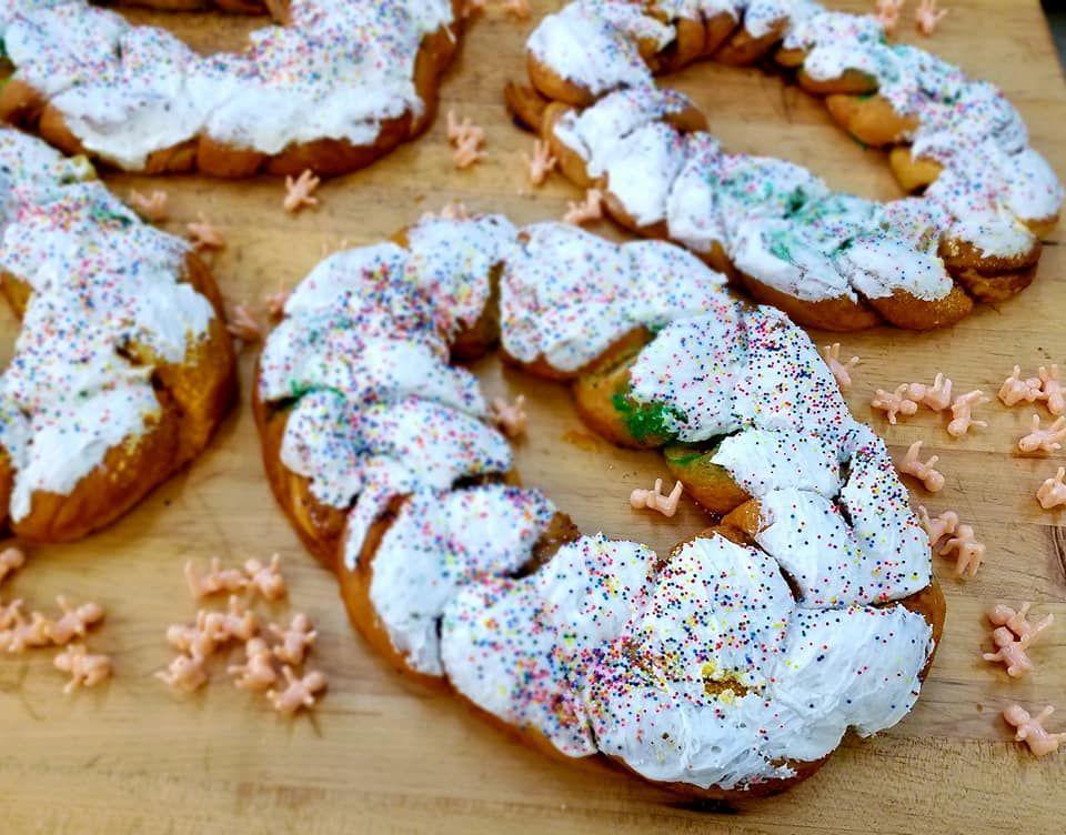 """<p>The name of this bakery would lead you to believe it's the oldest of the Randazzo bunch—but that's not the case: The bakery, which now has four outposts, actually opened in 2006. Bakers here sprinkle their king cakes with rainbow nonpareils, with shades of yellow, green, and purple peeking out from underneath. You've got your choice of traditional or a small handful of fillings: apple, cream cheese, strawberry and cream cheese, pecan praline, and pecan praline and cream cheese.</p><p><a class=""""link rapid-noclick-resp"""" href=""""https://nonnaskingcakes.com/collections/king-cakes-shipping"""" rel=""""nofollow noopener"""" target=""""_blank"""" data-ylk=""""slk:ORDER TODAY"""">ORDER TODAY</a></p>"""