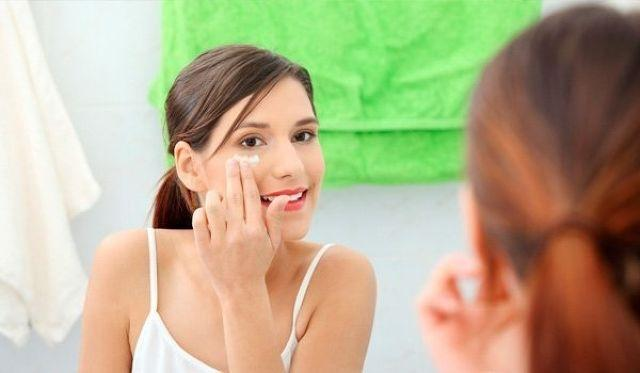 Natural Ways For Skin Care During Pregnancy
