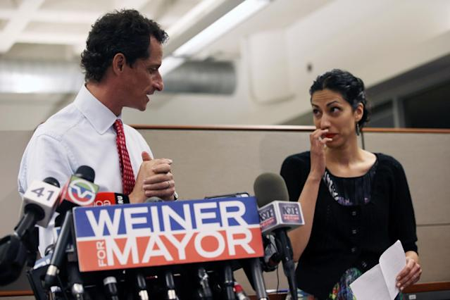 NEW YORK, NY - JULY 23: Anthony Weiner, a leading candidate for New York City mayor, holds a press conference with his wife Huma Abedin on July 23, 2013 in New York City. Weiner addressed news of new allegations that he engaged in lewd online conversations with a woman after he resigned from Congress for similar previous incidents. (Photo by John Moore/Getty Images)
