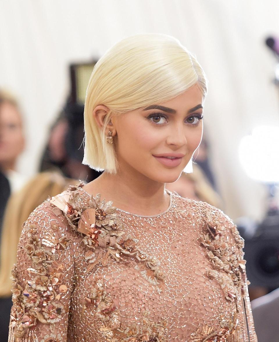 Kylie Jenner drops a not-so-subtle hint about her reported pregnancy. (Photo: Getty Images)