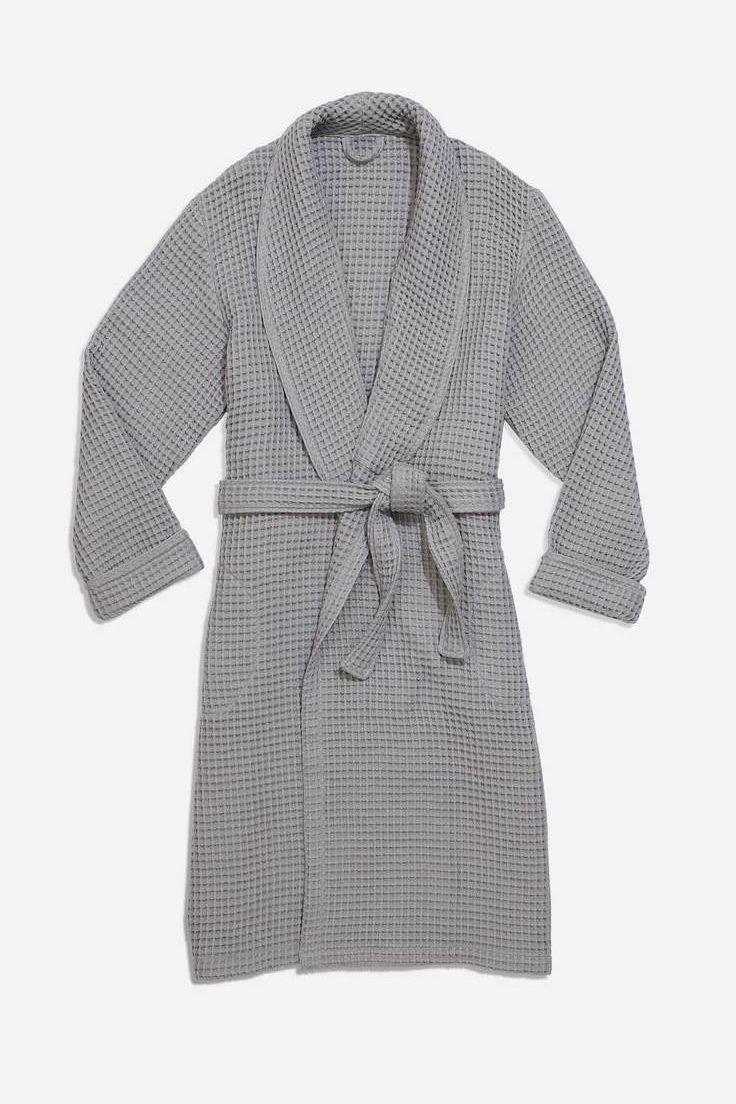 """<p><strong>Brooklinen</strong></p><p>brooklinen.com</p><p><strong>$98.00</strong></p><p><a href=""""https://go.redirectingat.com?id=74968X1596630&url=https%3A%2F%2Fwww.brooklinen.com%2Fproducts%2Fwaffle-robe&sref=https%3A%2F%2Fwww.goodhousekeeping.com%2Fclothing%2Fg28350294%2Fbest-bathrobes-for-women%2F"""" rel=""""nofollow noopener"""" target=""""_blank"""" data-ylk=""""slk:Shop Now"""" class=""""link rapid-noclick-resp"""">Shop Now</a></p><p>Popular for its super <a href=""""https://go.redirectingat.com?id=74968X1596630&url=https%3A%2F%2Fwww.brooklinen.com%2Fproducts%2Fluxe-core-sheet-set%3Fvariant%3D24301281286&sref=https%3A%2F%2Fwww.goodhousekeeping.com%2Fclothing%2Fg28350294%2Fbest-bathrobes-for-women%2F"""" rel=""""nofollow noopener"""" target=""""_blank"""" data-ylk=""""slk:smooth sheets"""" class=""""link rapid-noclick-resp"""">smooth sheets</a>, Brooklinen just launched these new waffle bathrobes. Made with 100% Turkish cotton, the waffle design absorbs water quickly while being lightweight and soft on your skin. We love that you can return this bathrobe after an impressive 365 days!</p>"""