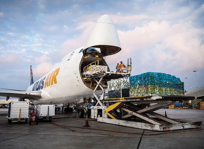 Atlas Air cargo plane being loaded