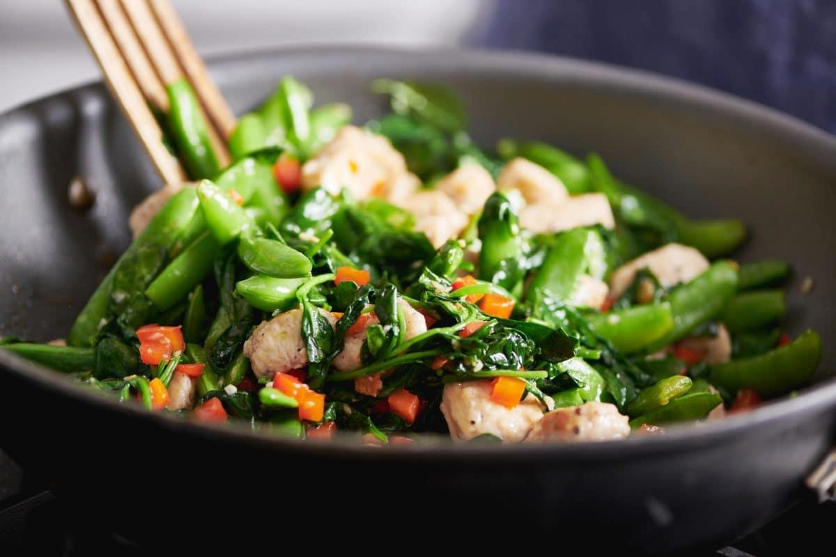 Chicken and Spinach Stir-Fry with Ginger and Oyster Sauce (Cheyenne Cohen)