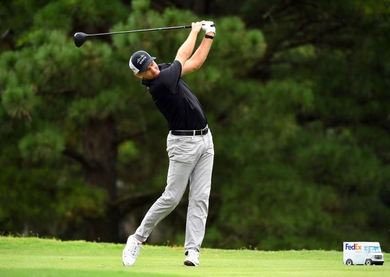 Todd hangs on to lead headed into final round in Memphis