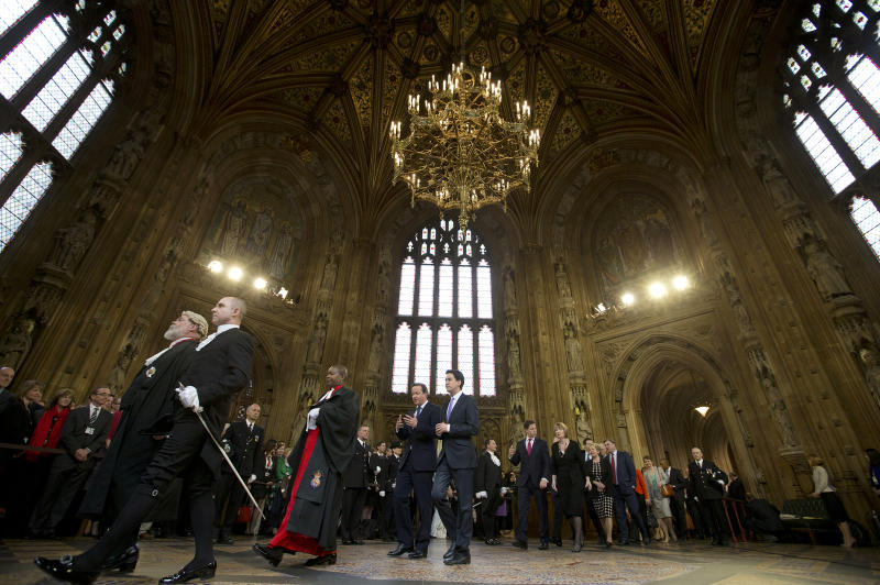UK watchdog proposes parliamentary pay raise