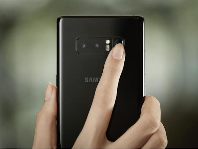 Samsung's Galaxy Note 8 has a dual-lens camera, but it's fingerprint reader is right next to it.