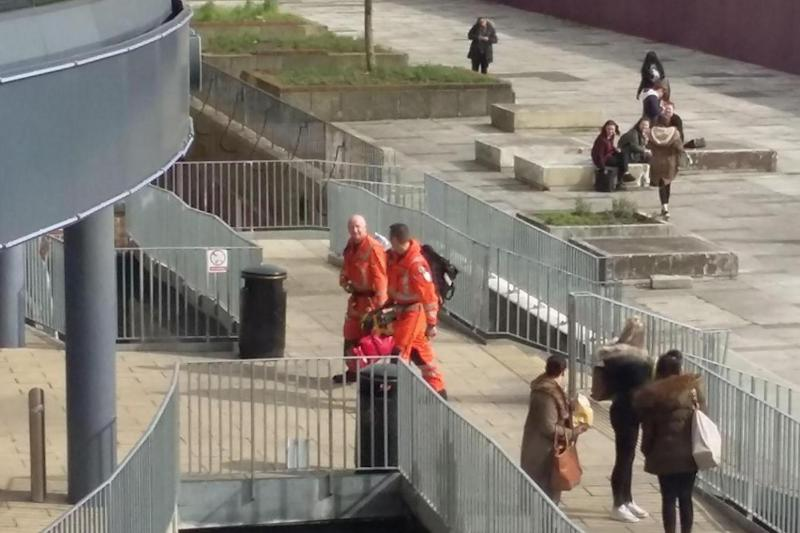 Doctors from London's Air Ambulance entering Croydon College (Facebook / Catherine Stephenson / Street Trails)