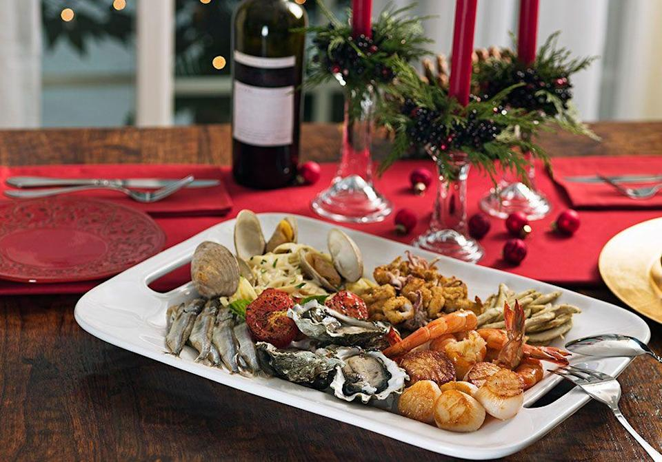 """<p>Christmas Eve dinner in Italian families is all about the <span class=""""redactor-unlink"""">Feast of the Seven Fishes</span>. The meal commemorates the wait for Baby Jesus's birth. </p>"""