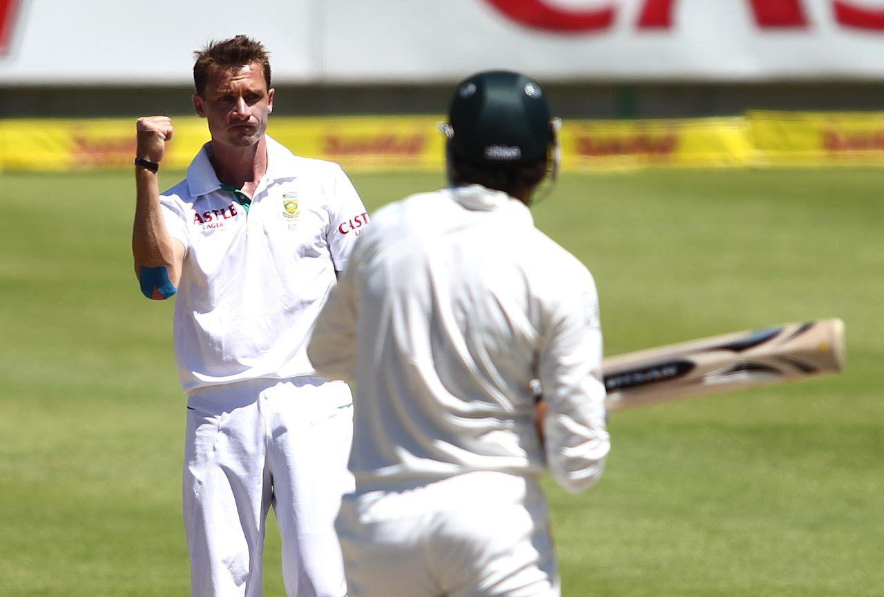 CAPE TOWN, SOUTH AFRICA - FEBRUARY 17:  Dale Steyn of South Africa celebrates after getting the wicket of Muhammad Irfan of Pakistan during day 4 of the 2nd Sunfoil Test match between South Africa and Pakistan at Sahara Park Newlands on February 17, 2013 in Cape Town, South Africa. (Photo by Shaun Roy/Gallo Images/Getty Images)