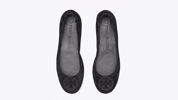 These Tory flats have high ratings from buyers who found them to be super comfortable.
