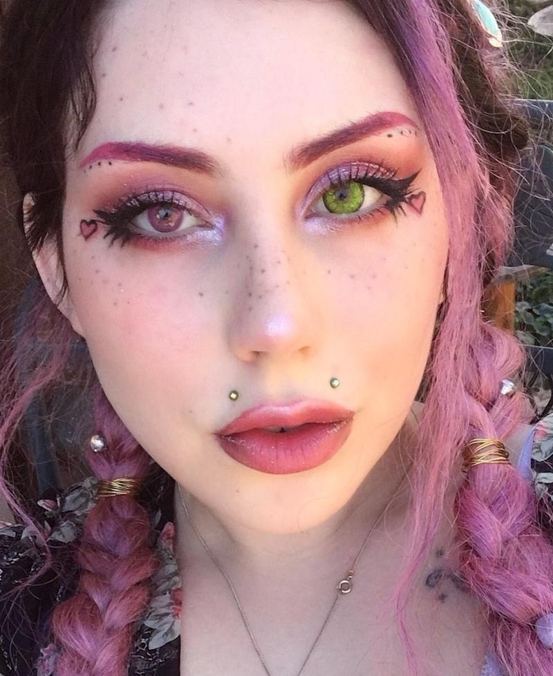 0bc22a2da This Woman Is Going Viral for Tattooing Her Own Face With Freckles