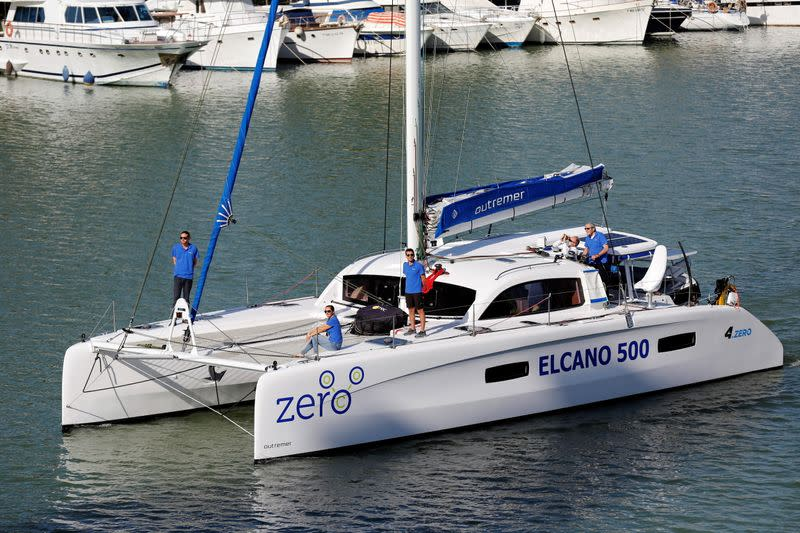 Oceanic navigator Jimmy Cornell sets sail on a full electric boat from Seville to commemorate the 500th anniversary of the first round-the-world voyage