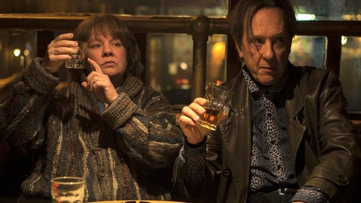 Melissa McCarthy and Richard E. Grant in Can You Ever Forgive Me? (Credit: Fox Searchlight)