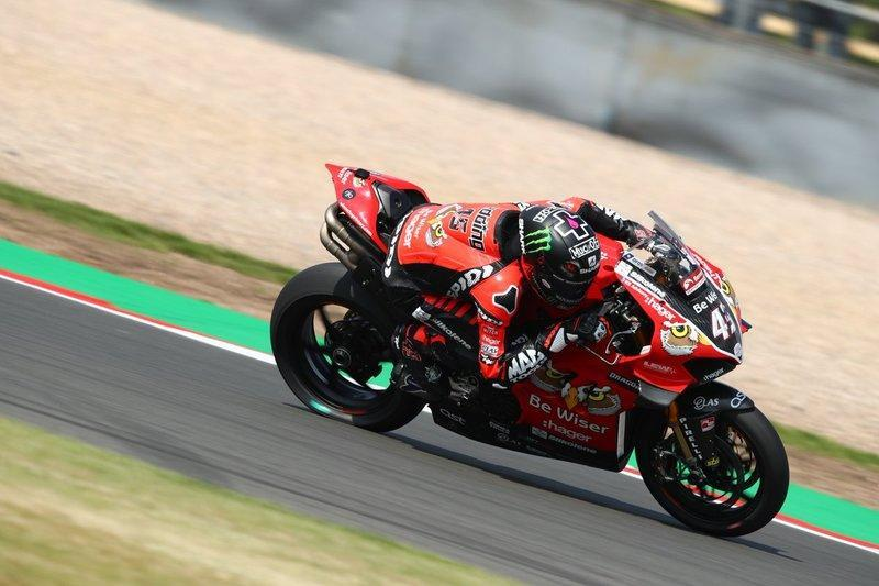 "Scott Redding, Be Wiser Ducati, British Superbike<span class=""copyright"">Double Red</span>"