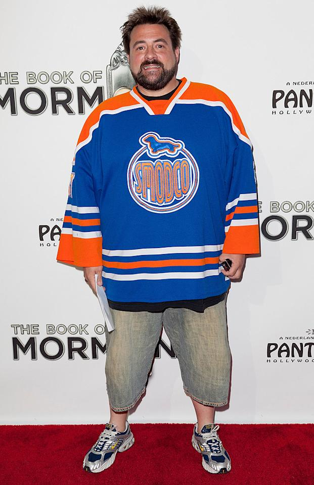 Filmmaker Kevin Smith got all gussied up for a night at the theater! Does he have anything else hanging in his closet besides hockey jerseys?(9/12/2012)