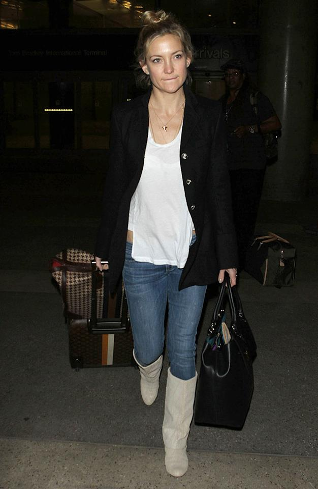 50967562 'Clear History' actress Kate Hudson arriving on a flight at LAX airport in Los Angeles, California on December 10, 2012. FameFlynet, Inc - Beverly Hills, CA, USA -  1 (818) 307-4813