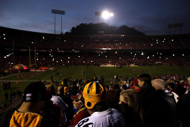 SAN FRANCISCO, CA - DECEMBER 19: A general view as the power is out at Candlestick Park which has delayed the start of the game between the San Francisco 49ers and the Pittsburgh Steelers on December 19, 2011 in San Francisco, California. (Photo by Ezra Shaw/Getty Images)