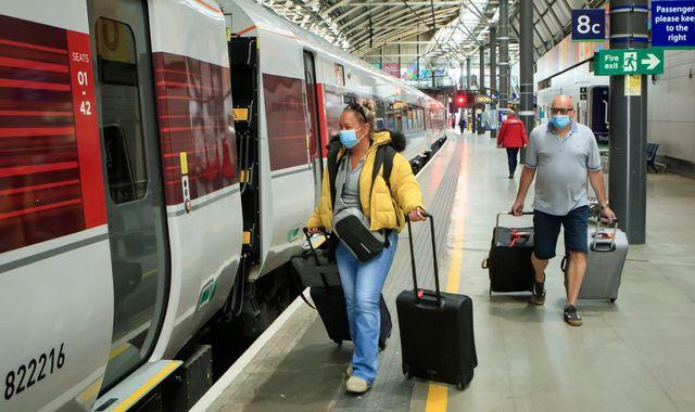 Coronavirus: Train services increase amid evidence of 'modest' return to work