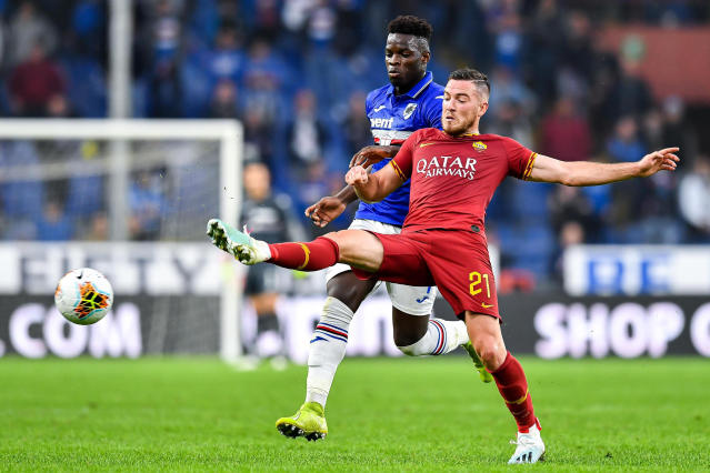 Sampdoria's Ronaldo Vieira, left, and Roma's Jordan Veretout vie for the ball during a Serie A soccer match between Sampdoria and Roma at the Luigi Ferraris Stadium in Genoa, Italy, Sunday, Oct. 20, 2019. (Simone Arveda/ANSA via AP)