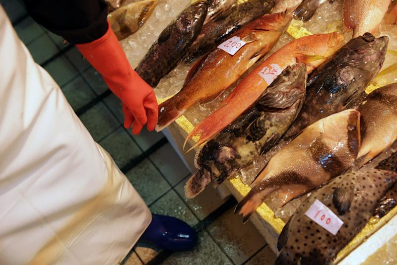 Hong Kong is the second-largest consumer of seafood per capita in Asia -- an average resident consumes 71.2 kilos (157 pounds) of seafood each year (AFP Photo/Isaac Lawrence)