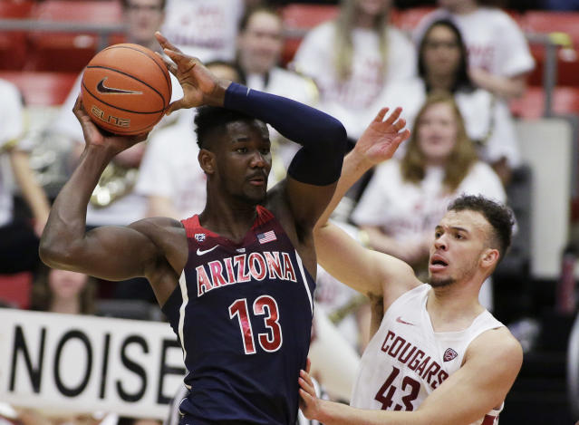 "Arizona freshman big man Deandre Ayton has the physical tools and nastiness to become the next <a class=""link rapid-noclick-resp"" href=""/nba/players/5464/"" data-ylk=""slk:Kristaps Porzingis"">Kristaps Porzingis</a>. (AP)"