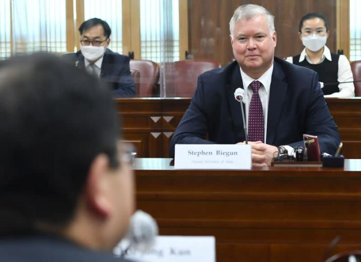 U.S. Deputy Secretary of State Stephen Biegun listens to South Korean Vice Foreign Minister Choi Jong-kun during their meeting at the Foreign Ministry in Seoul