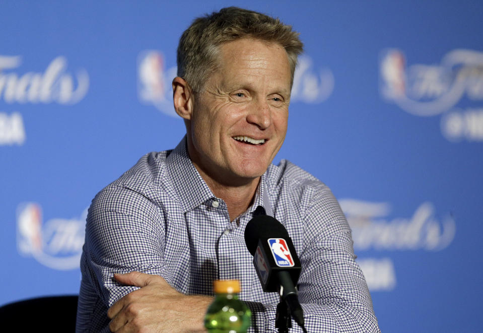 Steve Kerr is no stranger to showing off his quick wit during press conferences. (AP Photo)