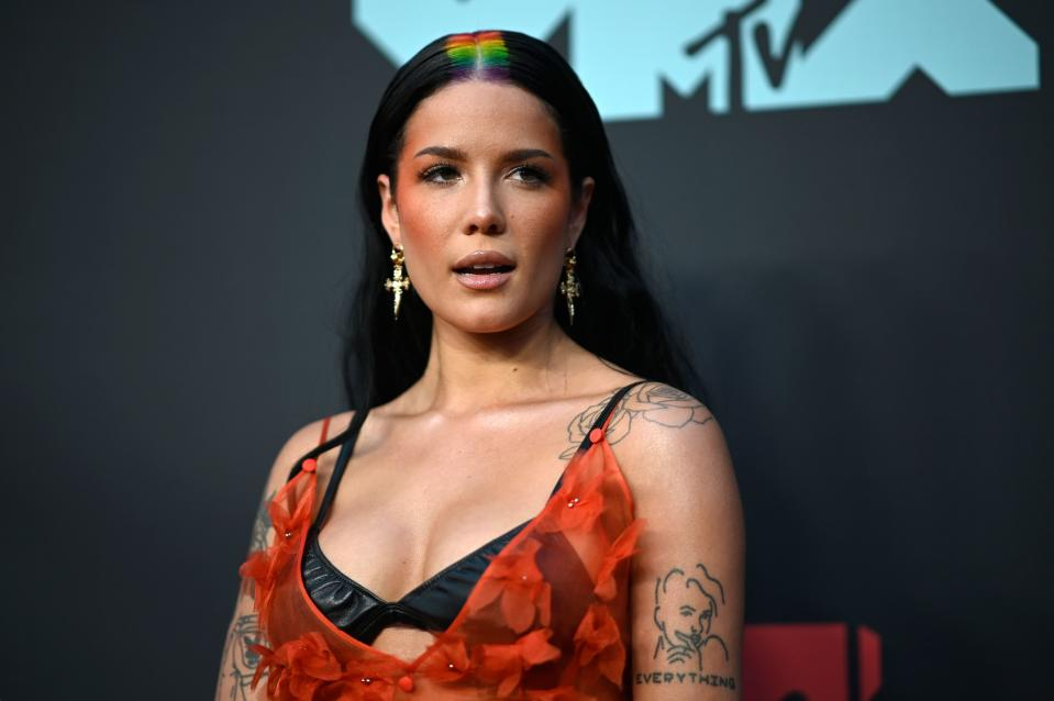 Halsey at the 2019 MTV Video Music Awards.