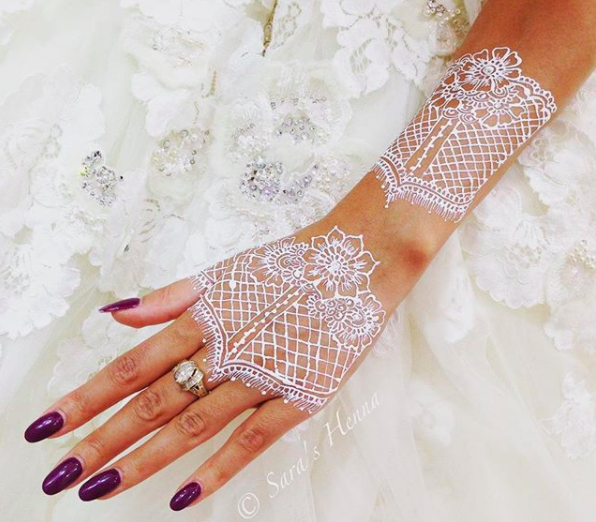 White Henna Is The Go To Bridal Accessory Of The Moment