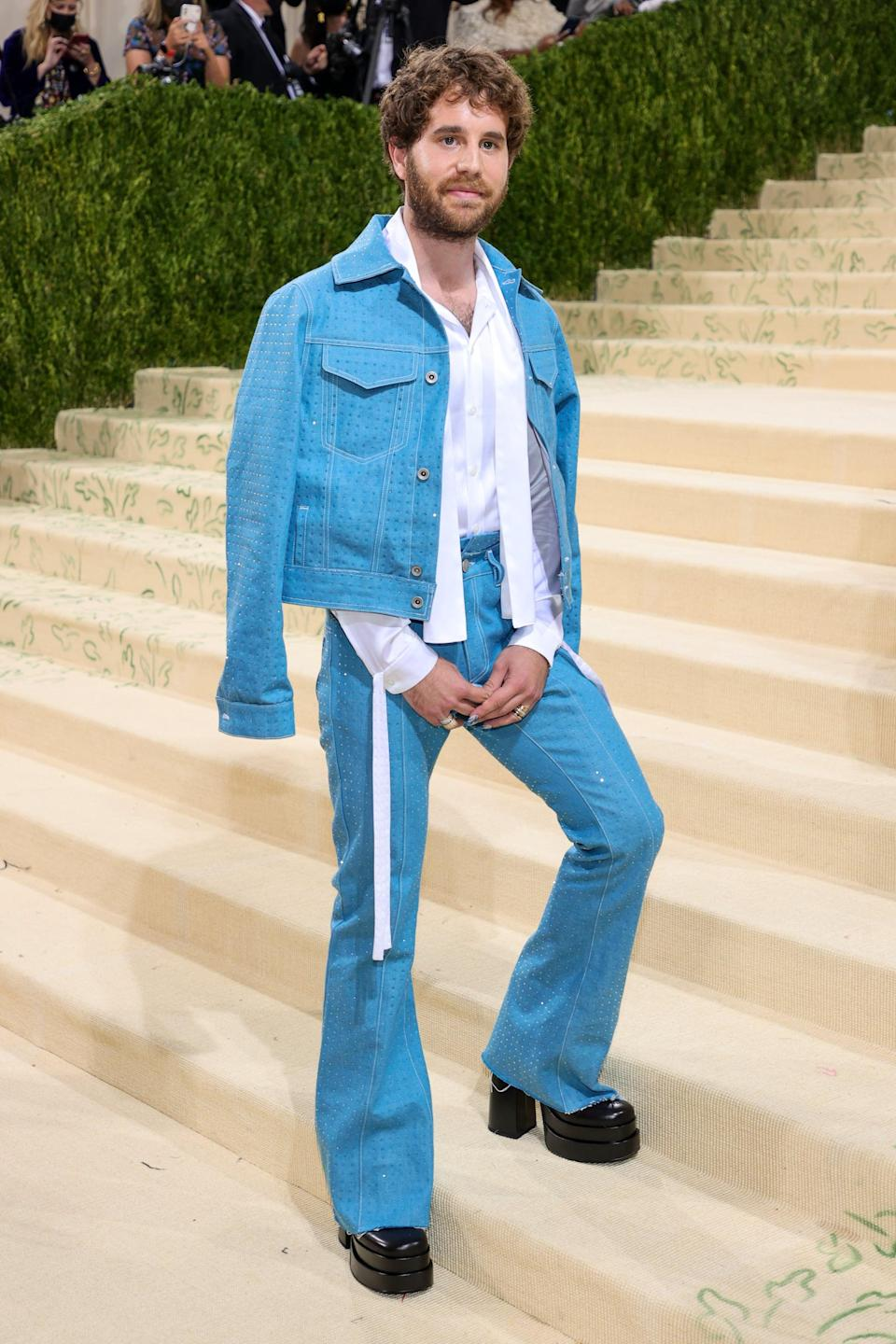 <p>Wearing a Christian Cowan outfit with Steve Madden shoes. </p>