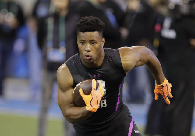 "Penn State running back <a class=""link rapid-noclick-resp"" href=""/ncaaf/players/256698/"" data-ylk=""slk:Saquon Barkley"">Saquon Barkley</a> runs a drill during the NFL football scouting combine. (AP Photo/Darron Cummings)"