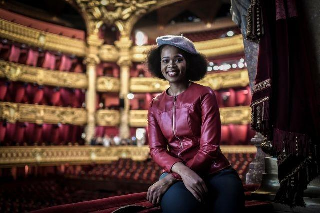 South African star soars in 'La Traviata' for social media age