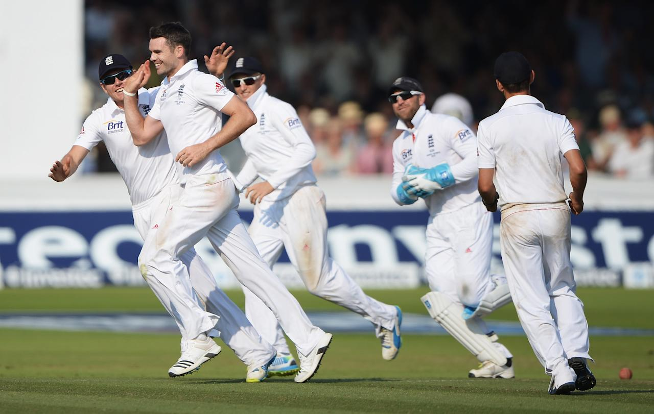 LONDON, ENGLAND - JULY 21: James Anderson of England celebrates the wicket of Peter Siddle of Australia with team mates during day four of the 2nd Investec Ashes Test match between England and Australia at Lord's Cricket Ground on July 21, 2013 in London, England. (Photo by Gareth Copley/Getty Images)