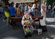 A street musician plays in central Moscow, Russia July 2, 2018. REUTERS/Gleb Garanich