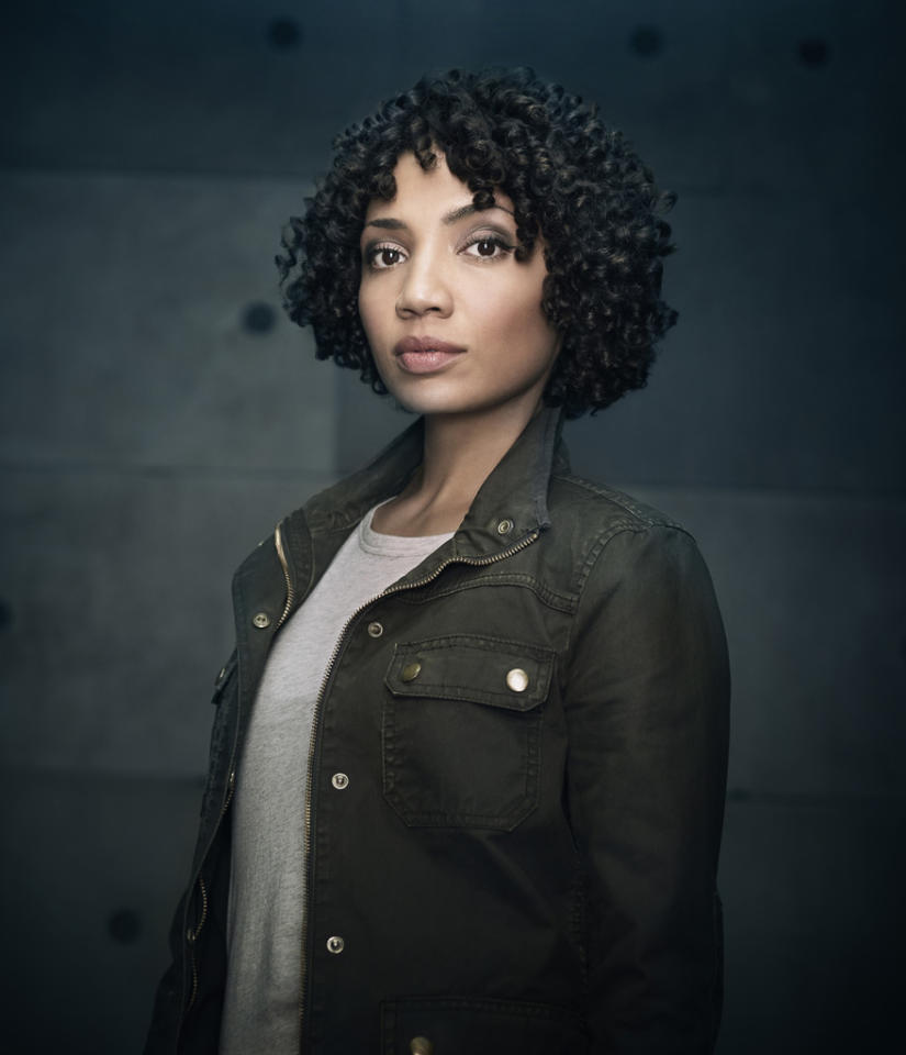 "Jasika Nicole returns as Agent Astrid Farnsworth in Season Five of ""Fringe."""