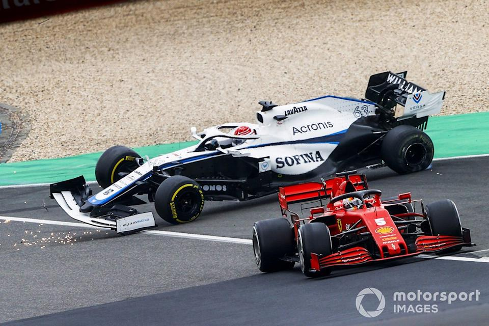 "Sebastian Vettel, Ferrari SF1000, Kimi Raikkonen, Alfa Romeo Racing C39 y George Russell, Williams FW43 accidente<span class=""copyright"">Andy Hone / Motorsport Images</span>"