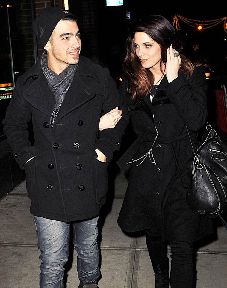 "Teen heartthrob Joe Jonas and ""Twilight"" star Ashley Greene may have <i>looked</i> like the perfect couple, but less than six months after going public with their relationship, the twentysomethings broke up."