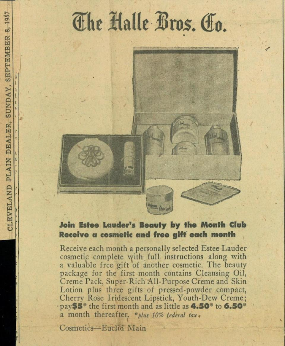 <p>Long before the days of subscription boxes, a small fee could land you a box full of Estée Lauder products in the mail each month. The compact in this set from 1957 went on to be the first ever free gift with purchase item. <i>(Photo: Estée Lauder)</i></p>