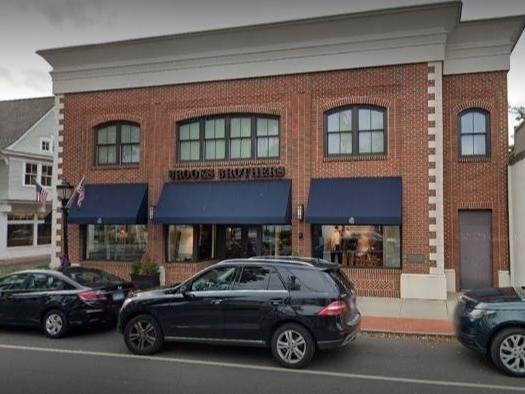 Brooks Brothers has closed its store on the Post Road in Darien.