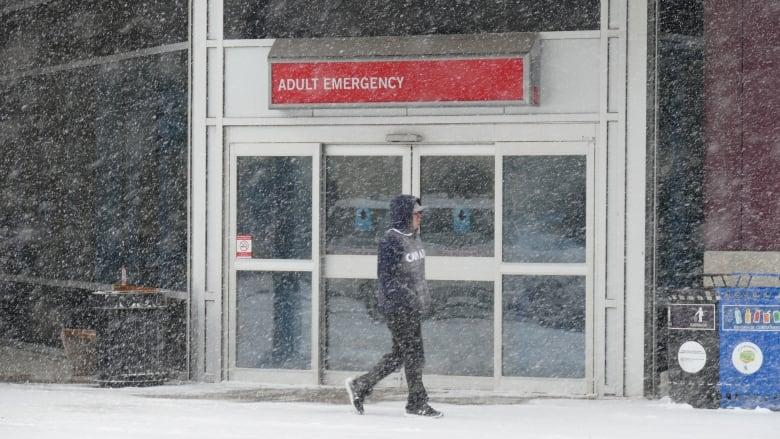 Manitoba set records for new COVID-19 cases and hospitalizations, with 193 cases and 97 people in hospital on Thursday. (Trevor Brine/CBC)