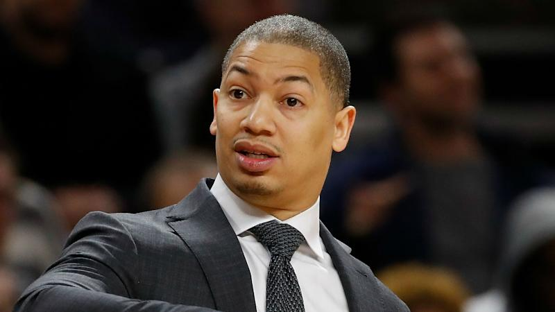Cavaliers' Tyronn Lue: 'I don't even think about' Warriors