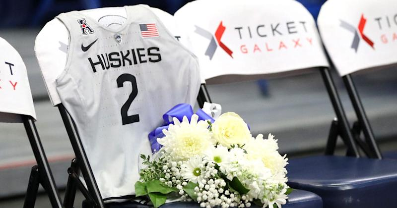UConn Pays Tribute To Gianna Bryant With A Memorial On Their Bench