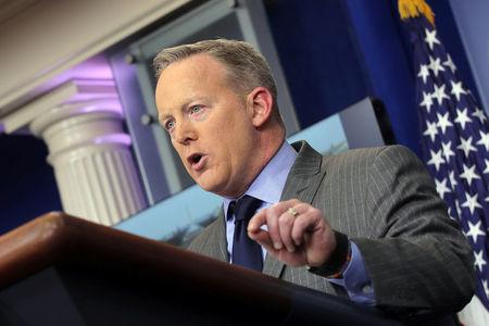 Press Secretary Sean Spicer deliver an statement at the press briefing room at the White House in Washington U.S., January 21, 2017.  REUTERS/Carlos Barria