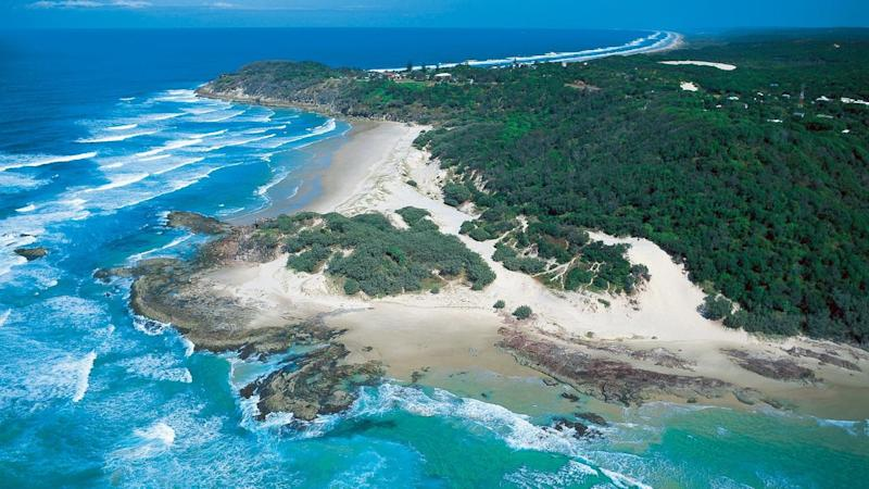 TRAVEL QLD STRADDIE