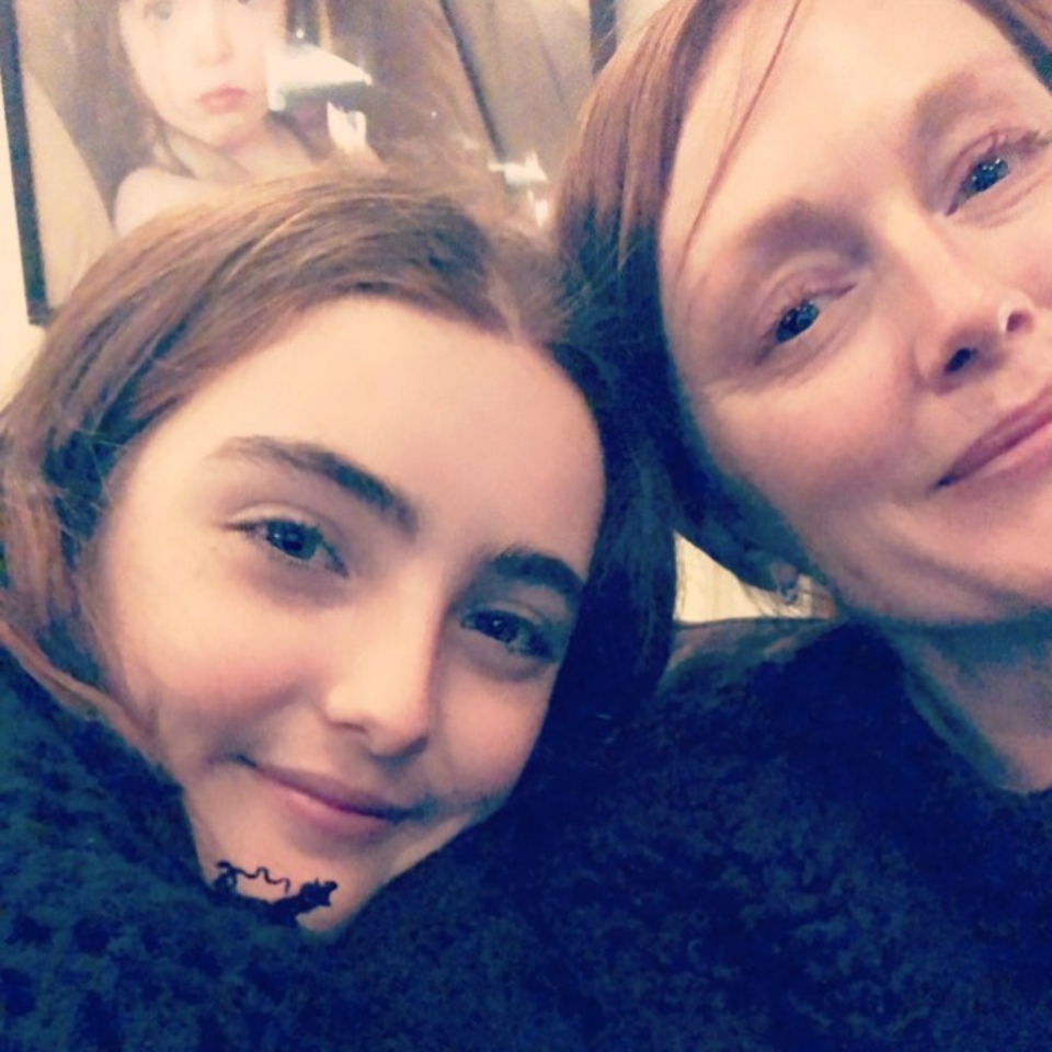 """<p>The Wonderstruck actress explained why she and her 15-year-old daughter, Liv, were wearing black. """"For equality for all across ALL industries,"""" she wrote. """"For safety among every worker in every occupation. For inclusion of all women and marginalized people. #TIMESUP Support and donate to the TIME'S UP Legal Defense Fund. Thank u sisters."""" (Photo: <a rel=""""nofollow noopener"""" href=""""https://www.instagram.com/p/Bdq2MQjDeOH/?hl=en&taken-by=juliannemoore"""" target=""""_blank"""" data-ylk=""""slk:Julianne Moore via Instagram"""" class=""""link rapid-noclick-resp"""">Julianne Moore via Instagram</a>) </p>"""