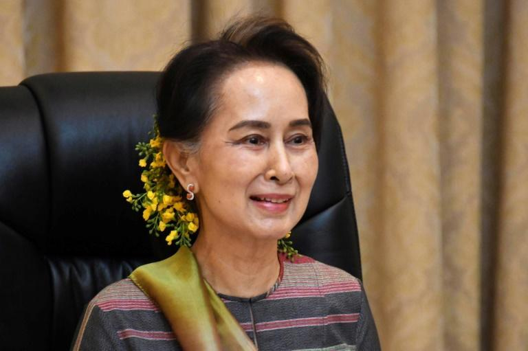 Myanmar's de facto leader Aung San Suu Kyi has been detained by the military, her party spokesman says