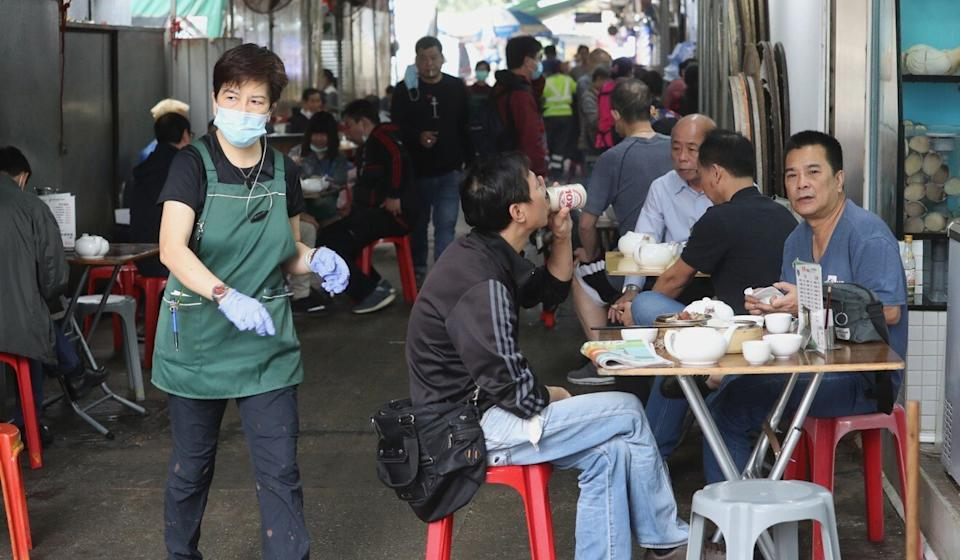 Diners at an open-air restaurant in Ngau Chi Wan in Kowloon. Photo: Edmond So