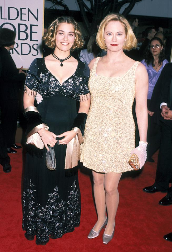 Clementine Ford (Miss Golden Globe 1998) with her mother Cybill Shepherd at the 55th Annual Golden Globe Awards on January 18, 1998. (Photo by Ron Galella, Ltd./WireImage)