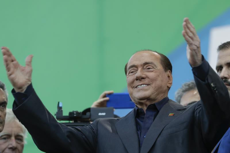 "Silvio Berlusconi addresses a rally in Rome, Saturday, Oct. 19, 2019. Thousands of protesters are gathering in Rome for a so-called ""Italian Pride"" rally, which brings together the right-wing League of Salvini, the far-right Brothers of Italy of Giorgia Meloni and former premier Silvio Berlusconi's Forza Italia. (AP Photo/Andrew Medichini)"